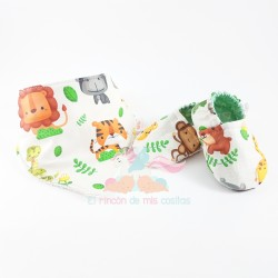 "Pack ""Babero + Zapatillas tela"